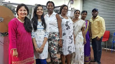 Indian Women Blog.org - Saral Designs